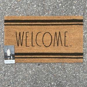 Rae Dunn WELCOME outdoor mat